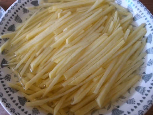 Shredded_Potato_strips_Stir_fry_with_vinegar