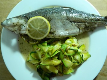 Whole_fish_al_cartoccio_courgette_zucchini_side_16