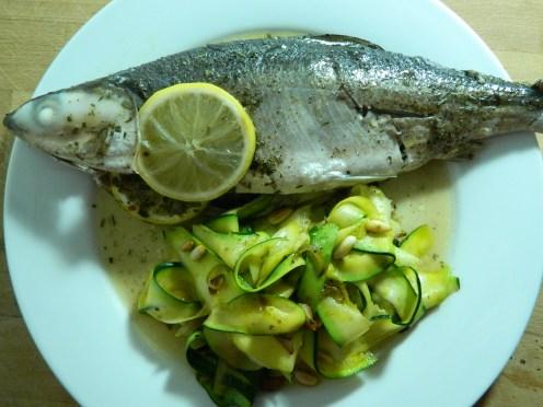Whole_fish_al_cartoccio_courgette_zucchini_side_16